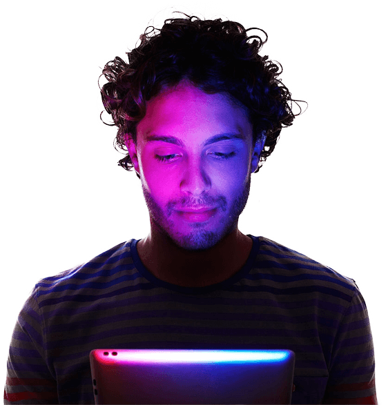 man-seen-tablet